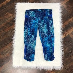 Athleta Blue Speckled Be Free Knickers Med. Tall